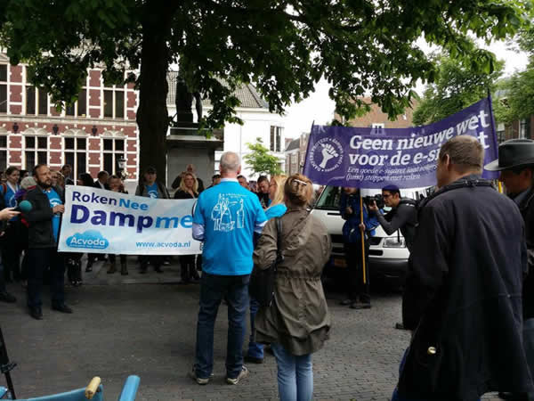 06-dampersprotest-Utrecht